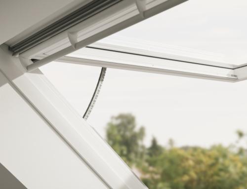 La finestra elettrica con apertura a vasistas GPU INTEGRA® VELUX